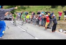 Peter Sagan bavi divaky na Tour de France